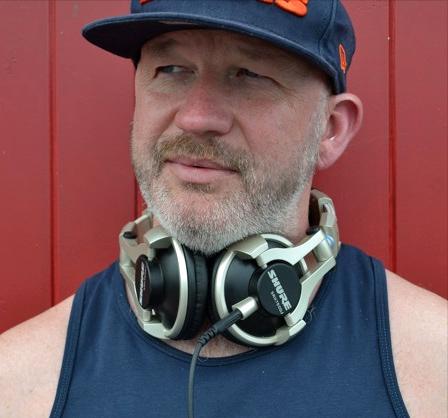 DJ Bozzy Bear